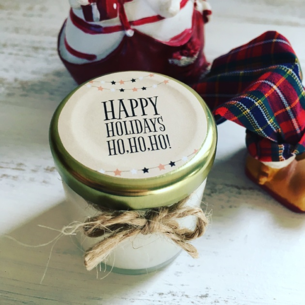 bougie-parfumée-happy-holidays-noel-kraft1